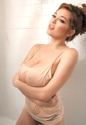 Big Tits Shower Porn Pictures