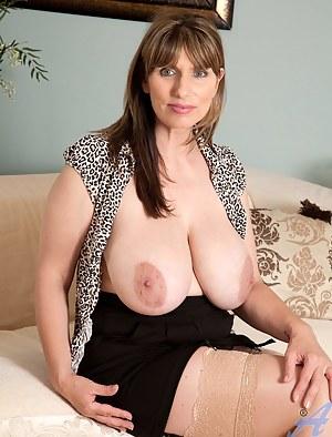 Big Tits Nipples Porn Pictures
