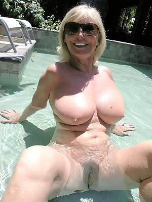 Big Tits Pool Porn Pictures